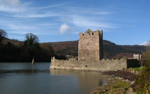 Narrow Water Castle - Sean Munson - cc