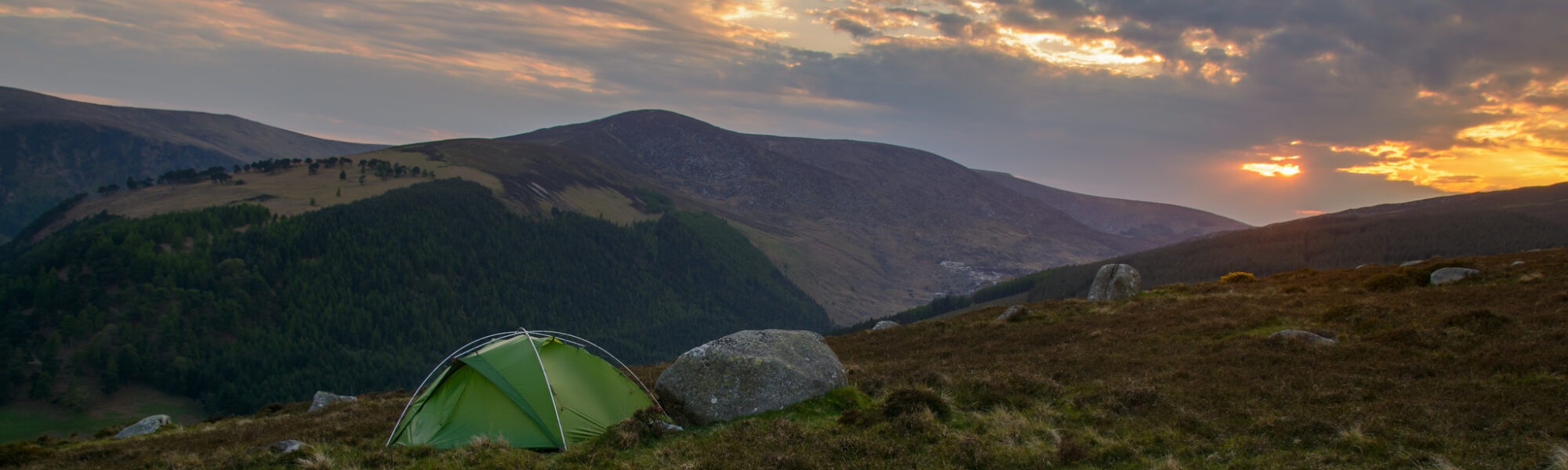 A tent in the middle of Wicklow Mountains National Park - Leon Dolman - cc