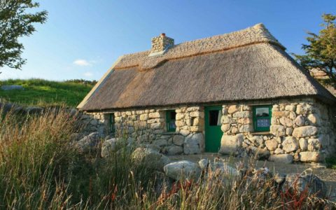 A house in the village of Cnoc Suain - www.cnocsuain.com