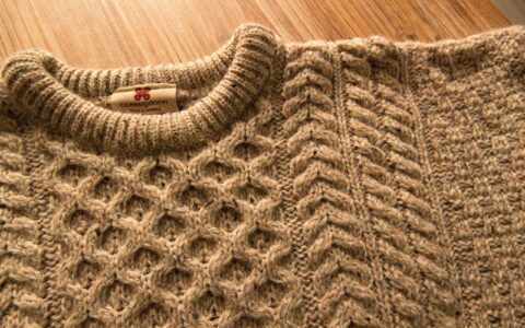 An Irish sweater - Guide Ireland.com