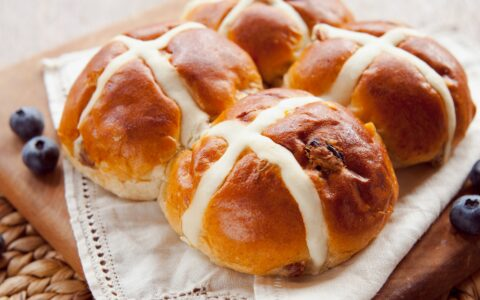 Hot cross buns - © JoannaTkaczuk