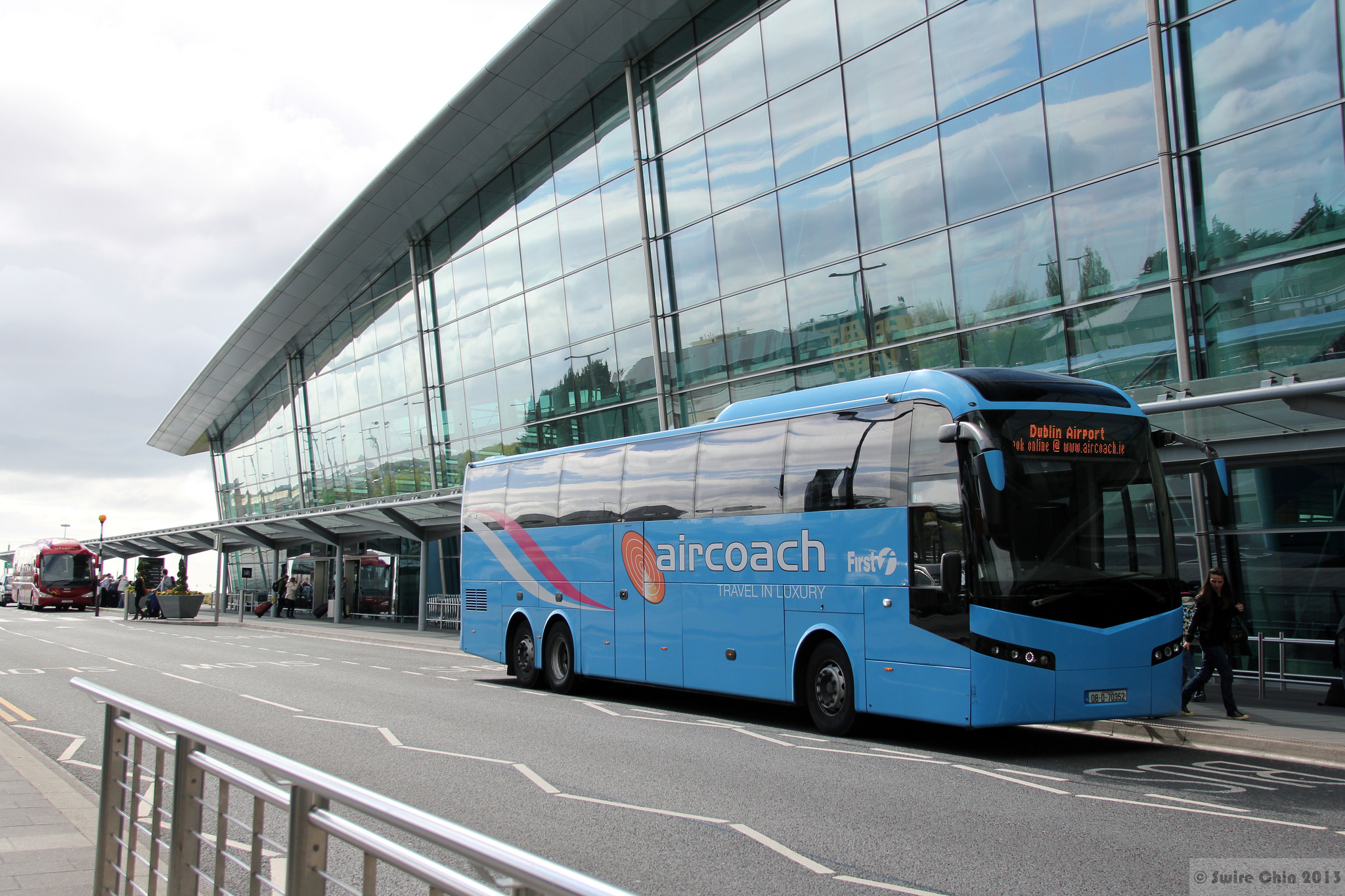 An Aircoach bus in front of Dublin Airport - Canadian Pacific - cc