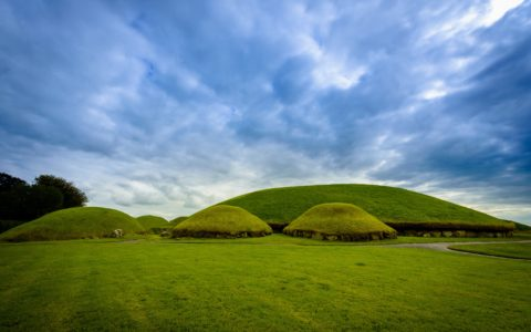 Knowth - © yggdrasill