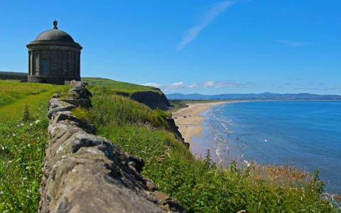 The Mussenden Temple and Downhill Beach - Rafolas - cc