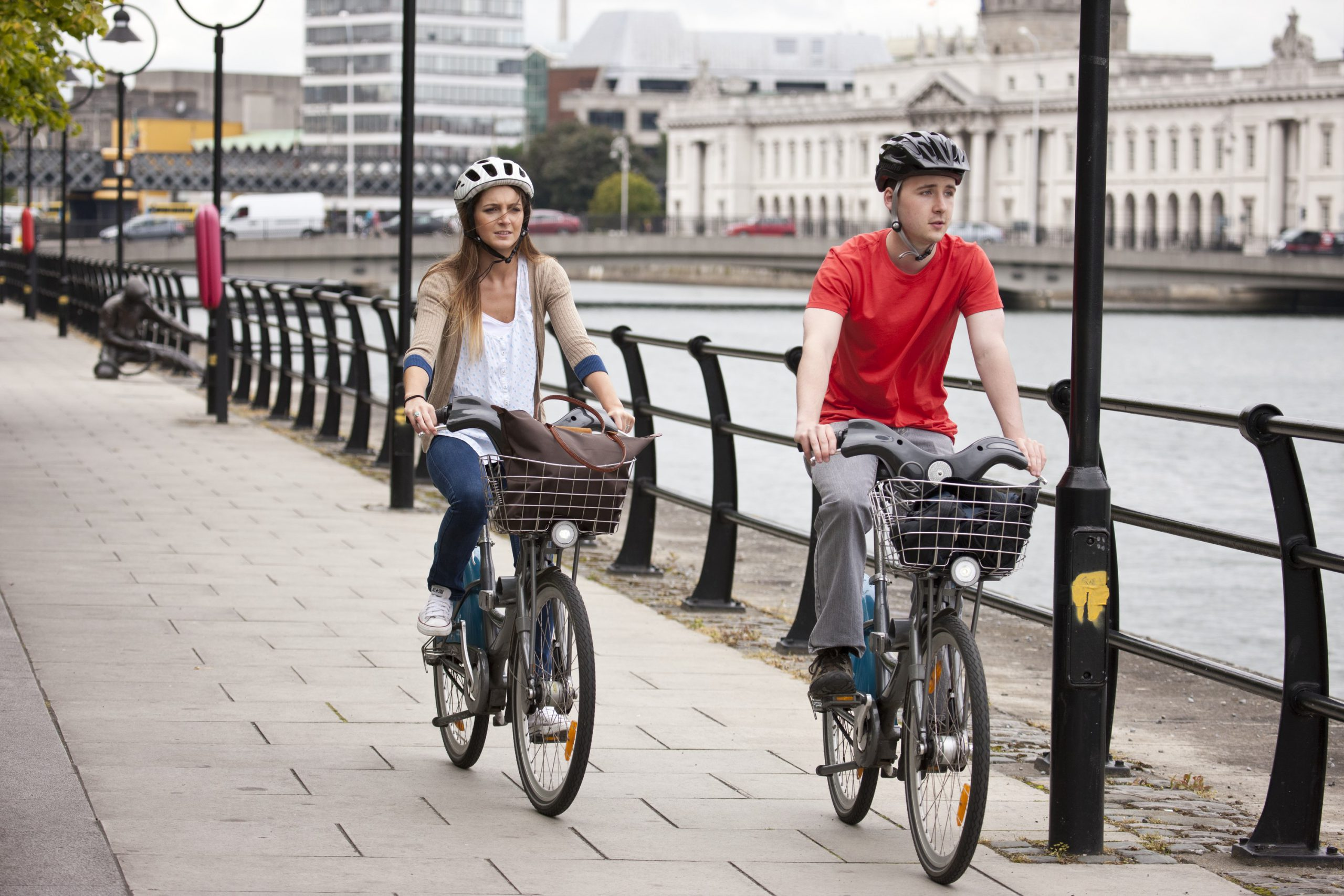 Cycling in Dublin - Jonathon Hessian - cc