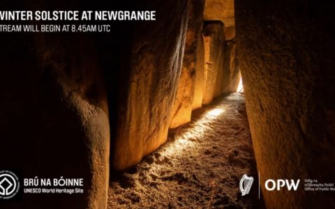 Newgrange and its light, during the winter solstice of 2020
